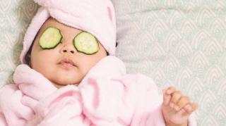 vies of ontstoken oog baby