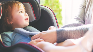kind veilig in auto